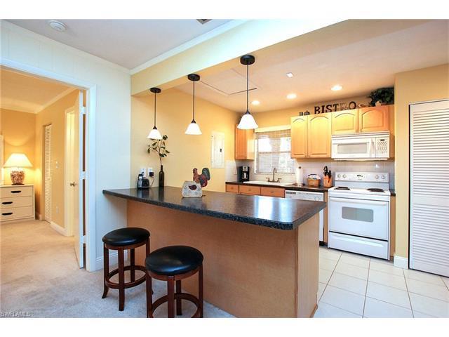 5117 Sea Bell Rd F210, Sanibel, FL 33957 (MLS #216063324) :: The New Home Spot, Inc.