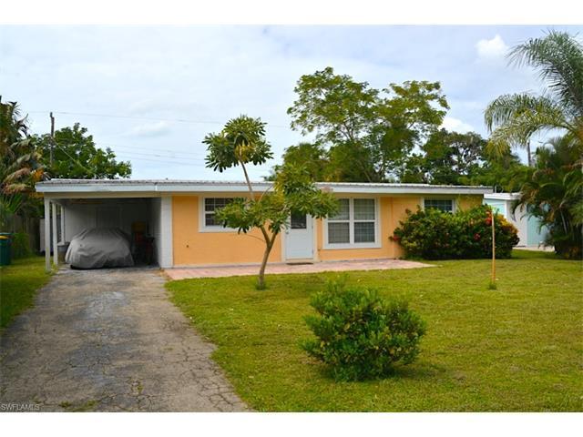 1280 Embassy Ln, Naples, FL 34104 (MLS #216077168) :: The New Home Spot, Inc.