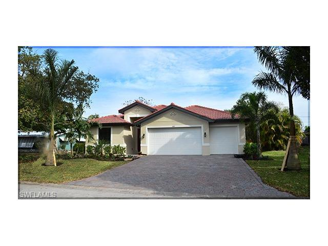 1457 Woodwind Ct, Fort Myers, FL 33919 (MLS #216079562) :: The New Home Spot, Inc.
