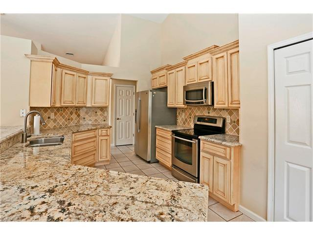 7573 Citrus Hill Ln, Naples, FL 34109 (MLS #217003013) :: The New Home Spot, Inc.