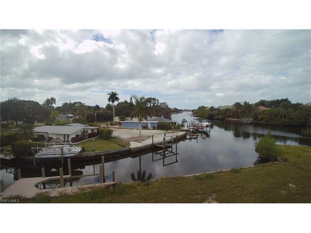 27547 Big Bend Rd, Bonita Springs, FL 34134 (MLS #217003523) :: The New Home Spot, Inc.