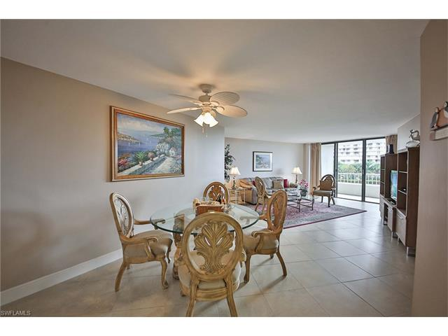 380 Seaview Ct #207, Marco Island, FL 34145 (MLS #217004939) :: The New Home Spot, Inc.