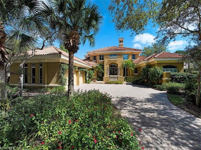 890 Barcarmil Way, Naples, FL 34110 (MLS #217013954) :: The New Home Spot, Inc.