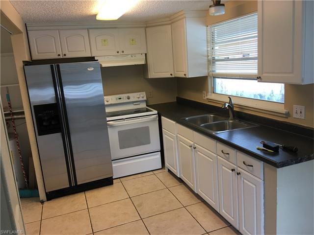 3637 Poplar Way, Naples, FL 34112 (#217014224) :: Homes and Land Brokers, Inc