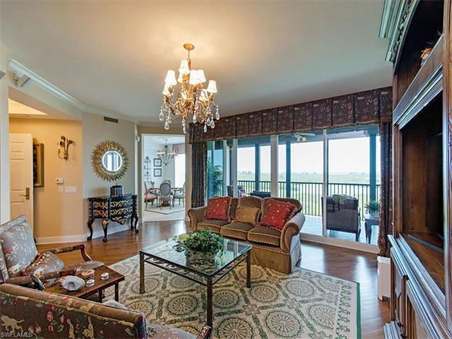 445 Cove Tower Dr #1104, Naples, FL 34110 (MLS #217018030) :: The New Home Spot, Inc.