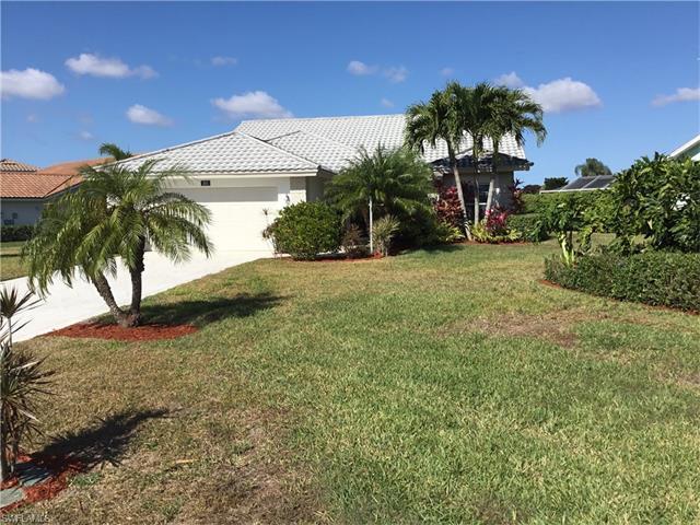 105 Granville Ct, Naples, FL 34104 (#217023110) :: Naples Luxury Real Estate Group, LLC.
