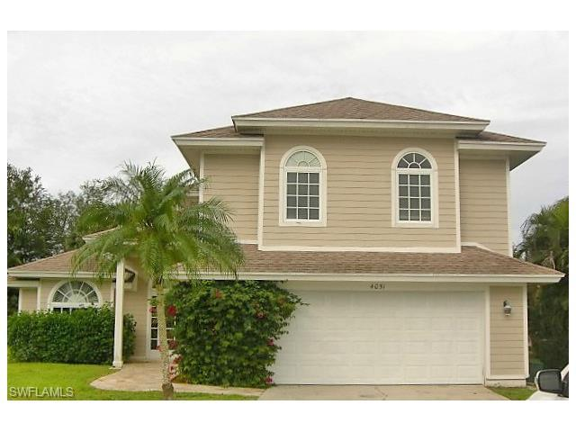 4051 Sawgrass Ln, Naples, FL 34112 (#217023735) :: Homes and Land Brokers, Inc