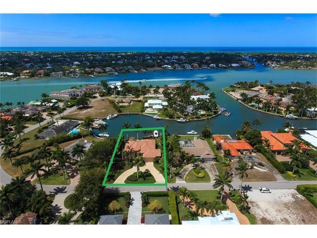 2520 Tarpon Rd, Naples, FL 34102 (MLS #217025318) :: The New Home Spot, Inc.