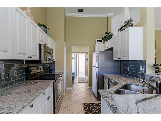 5260 Birmingham Dr #202, Naples, FL 34110 (MLS #217026852) :: The New Home Spot, Inc.