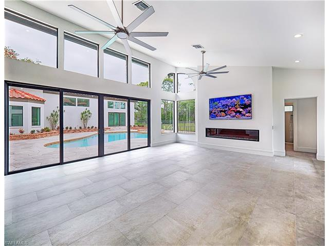 12856 Coco Plum Ln, Naples, FL 34119 (#217026877) :: Homes and Land Brokers, Inc