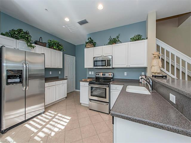 15599 Marcello Cir #141, Naples, FL 34110 (#217030182) :: Homes and Land Brokers, Inc