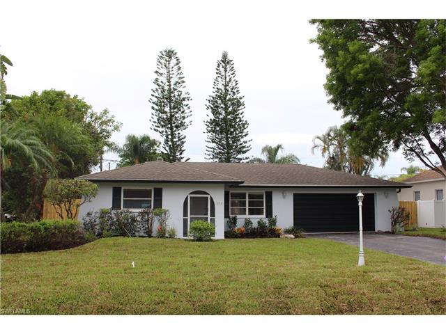 116 Madison Dr, Naples, FL 34110 (MLS #217030849) :: The New Home Spot, Inc.