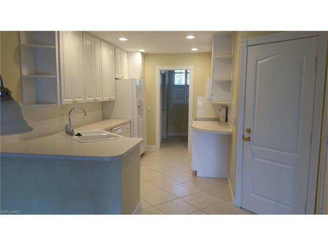 5397 Cove Cir #117, Naples, FL 34119 (#217032989) :: Homes and Land Brokers, Inc