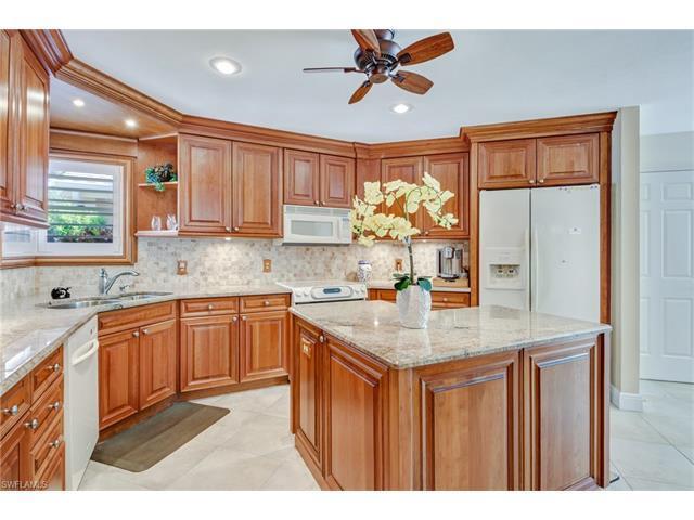 47 Grey Wing Pt, Naples, FL 34113 (MLS #217033459) :: The New Home Spot, Inc.