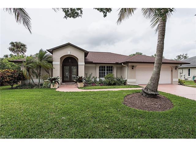 2321 River Reach Dr, Naples, FL 34104 (MLS #217034995) :: The New Home Spot, Inc.