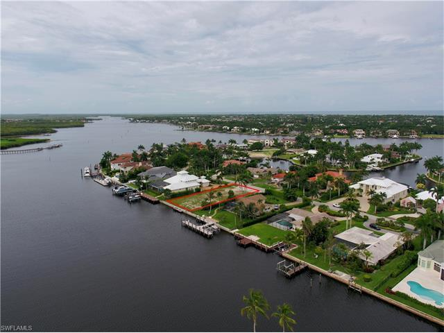 2495 Tarpon Rd, Naples, FL 34102 (MLS #217035683) :: The New Home Spot, Inc.