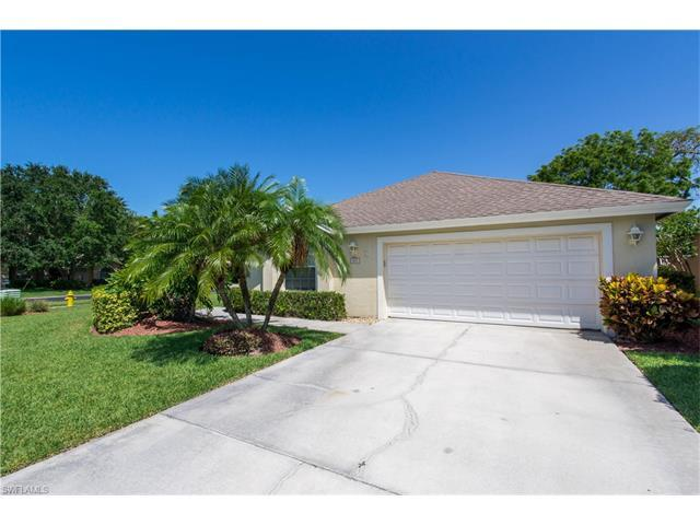 841 Mount Hood Ct, Naples, FL 34104 (#217036380) :: Homes and Land Brokers, Inc