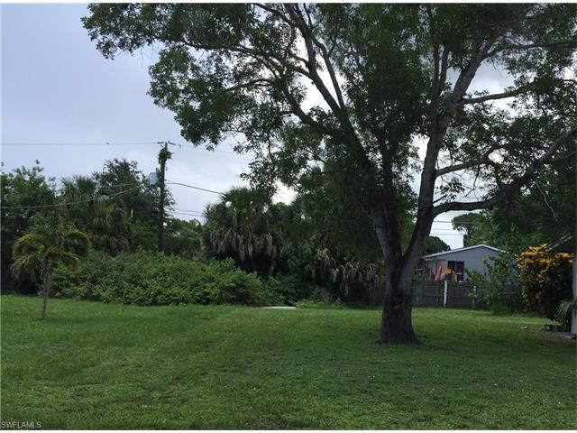 3675 Thomasson Dr, Naples, FL 34112 (#217043254) :: Homes and Land Brokers, Inc
