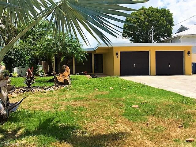 290 Seminole Way, Fort Myers Beach, FL 33931 (#217045010) :: Homes and Land Brokers, Inc