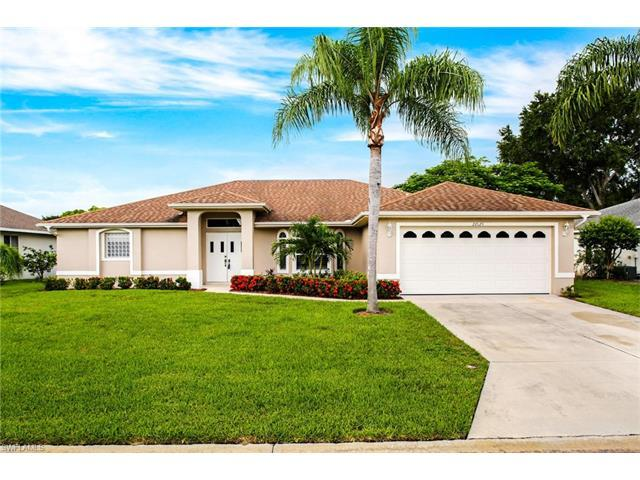 22625 Island Lakes Dr, Estero, FL 33928 (#217045291) :: Homes and Land Brokers, Inc