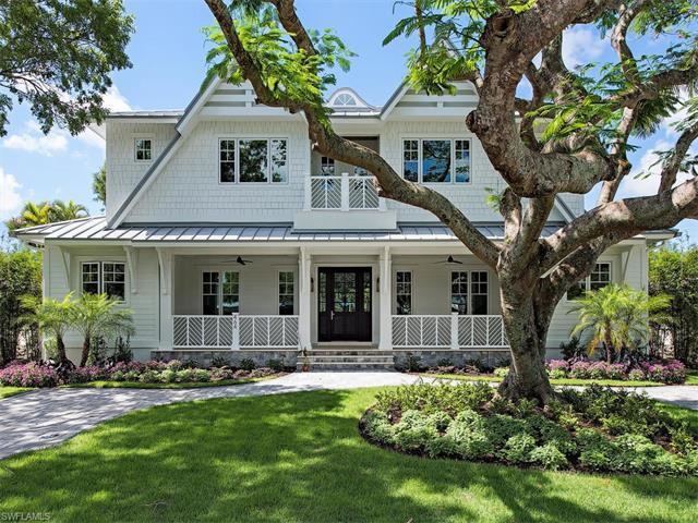 464 9th Ave S, Naples, FL 34102 (#217047331) :: Naples Luxury Real Estate Group, LLC.