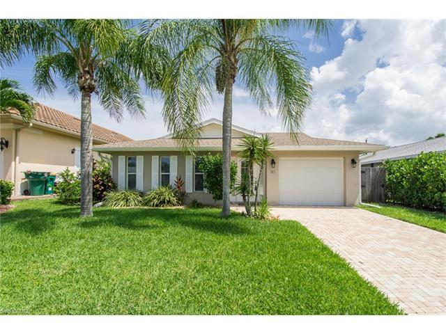 547 105th Ave N, Naples, FL 34108 (#217047469) :: Homes and Land Brokers, Inc