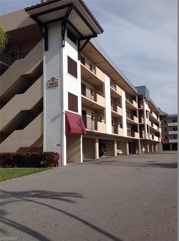 803 River Point Dr 202B, Naples, FL 34102 (MLS #218005238) :: The New Home Spot, Inc.