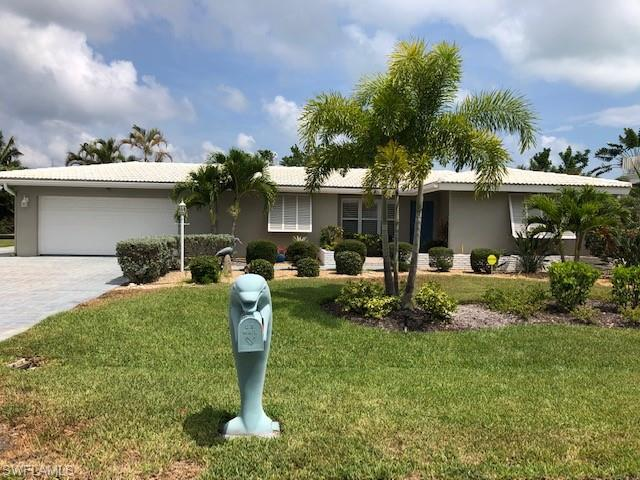 410 Madison Ct, Fort Myers Beach, FL 33931 (MLS #218071053) :: #1 Real Estate Services