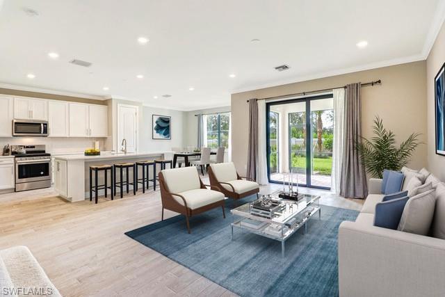 7134 Barnsbury Ln N, Naples, FL 34109 (MLS #219016448) :: John R Wood Properties