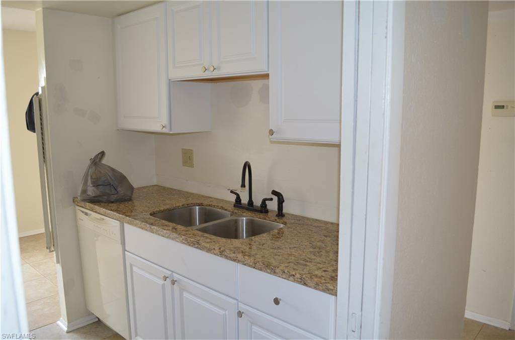 2366 Mall Dr - Photo 1