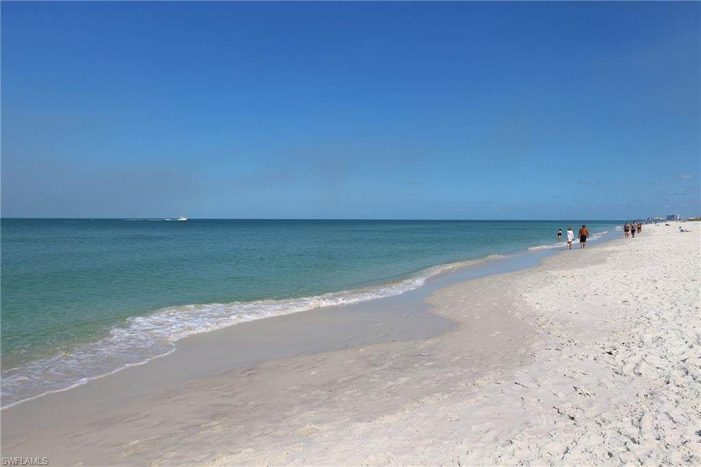 3483 Gulf Shore Blvd - Photo 1