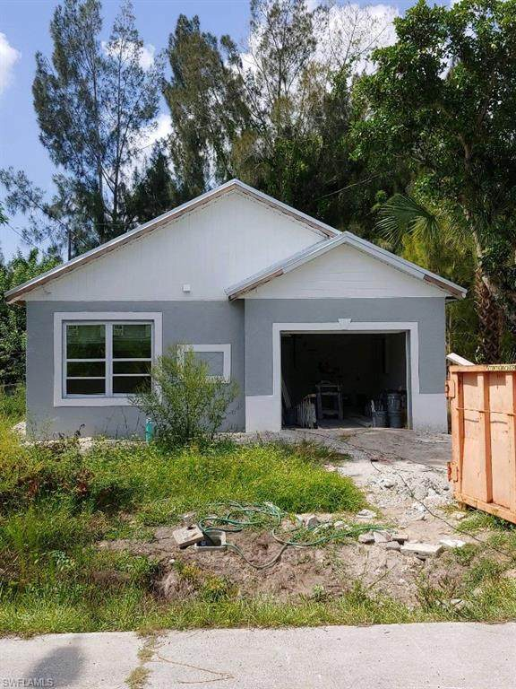 3310 Bassie Ct, Fort Myers, FL 33916 (#220041806) :: Equity Realty