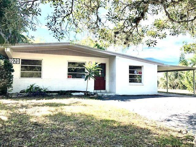 1920 Oakley Ave, Fort Myers, FL 33901 (#221071935) :: REMAX Affinity Plus