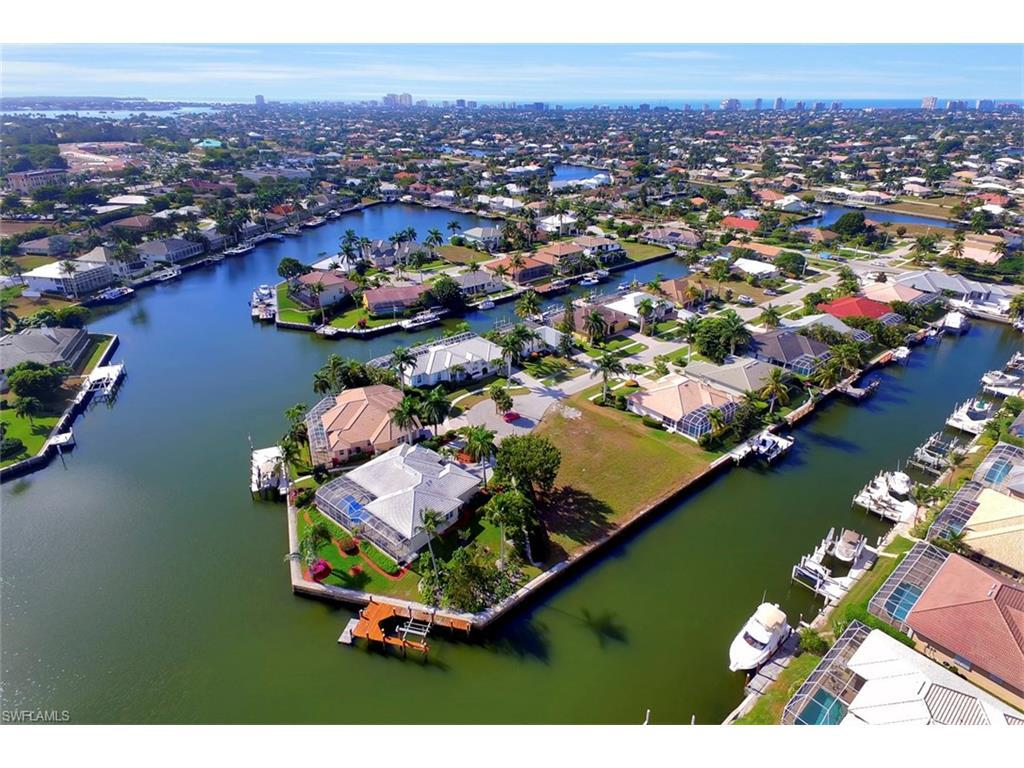 1842 Menorca Ct, Marco Island, FL 34145 (#215023766) :: Homes and Land Brokers, Inc