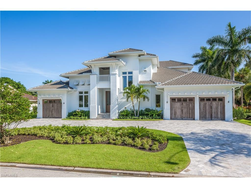 635 Fountainhead Way, Naples, FL 34103 (MLS #215036296) :: The New Home Spot, Inc.