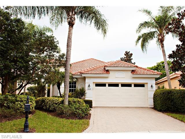 1029 Tierra Lago Way, Naples, FL 34119 (#215048959) :: Homes and Land Brokers, Inc
