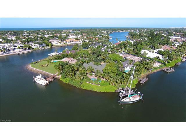 1375 Spyglass Ln, Naples, FL 34102 (MLS #215063104) :: The New Home Spot, Inc.