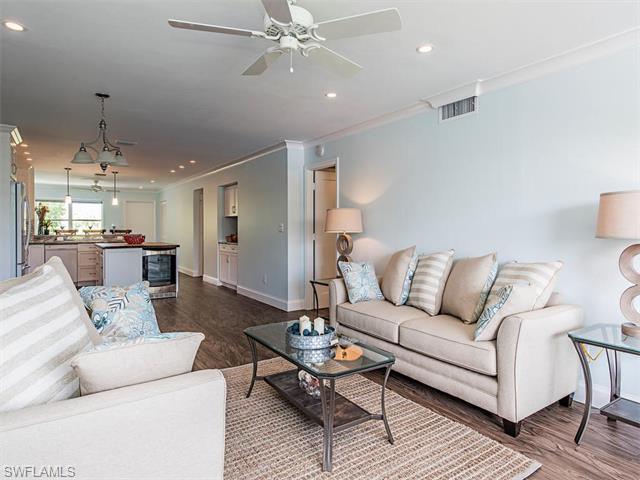 825 Ketch Dr #302, Naples, FL 34103 (MLS #215073449) :: The New Home Spot, Inc.