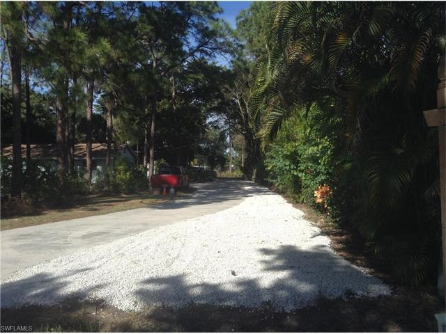3503 Guilford Rd, Naples, FL 34112 (#216034238) :: Homes and Land Brokers, Inc
