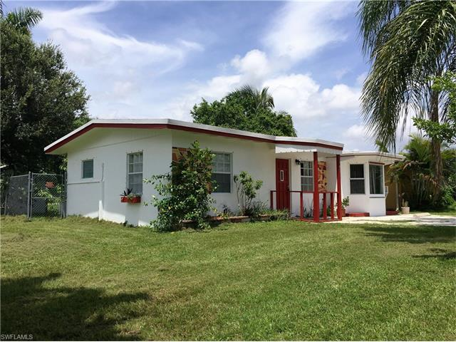 849 95th Ave N, Naples, FL 34108 (#216034736) :: Homes and Land Brokers, Inc