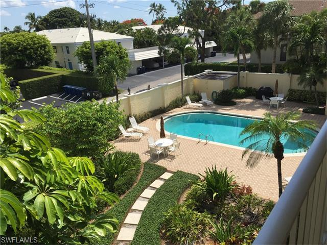 1051 3rd St S #304, Naples, FL 34102 (#216036099) :: Homes and Land Brokers, Inc