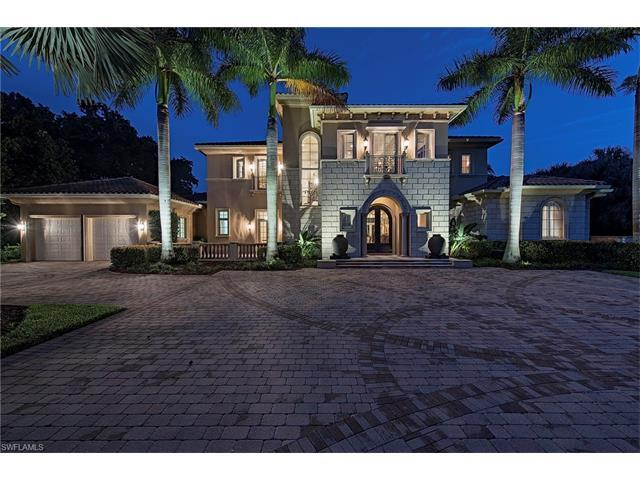2824 Silverleaf Ln, Naples, FL 34105 (#216036963) :: Homes and Land Brokers, Inc