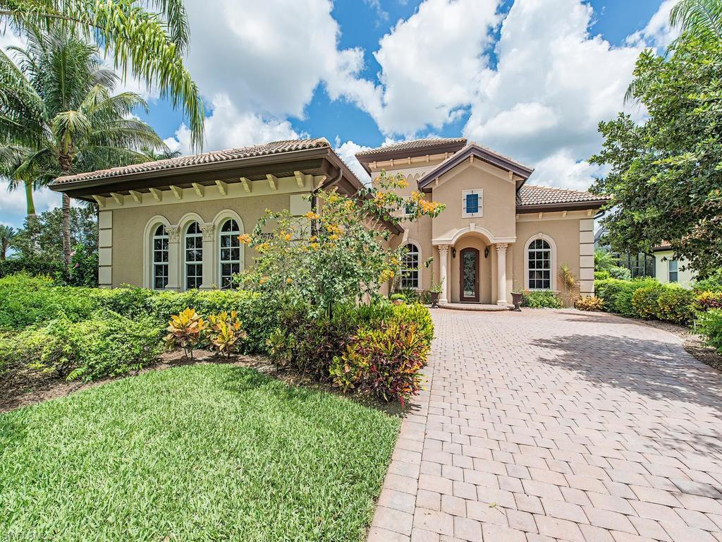 7675 Sussex Ct, Naples, FL 34113 (#216037731) :: Homes and Land Brokers, Inc