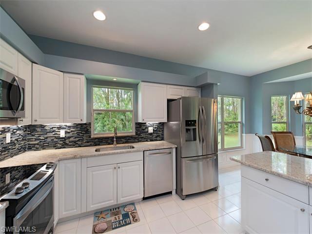 25272 Luci Dr, Bonita Springs, FL 34135 (MLS #216038870) :: The New Home Spot, Inc.