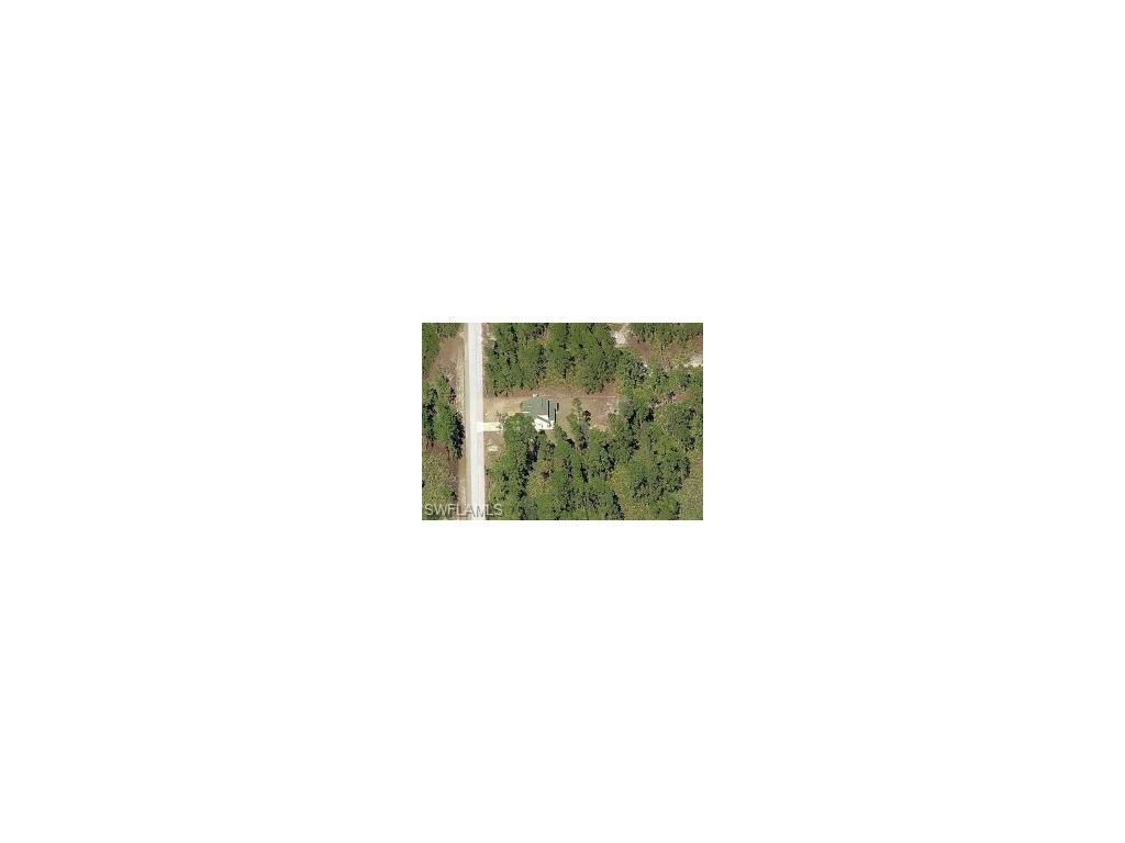 811 Moore Ave, Lehigh Acres, FL 33972 (MLS #216043095) :: The New Home Spot, Inc.