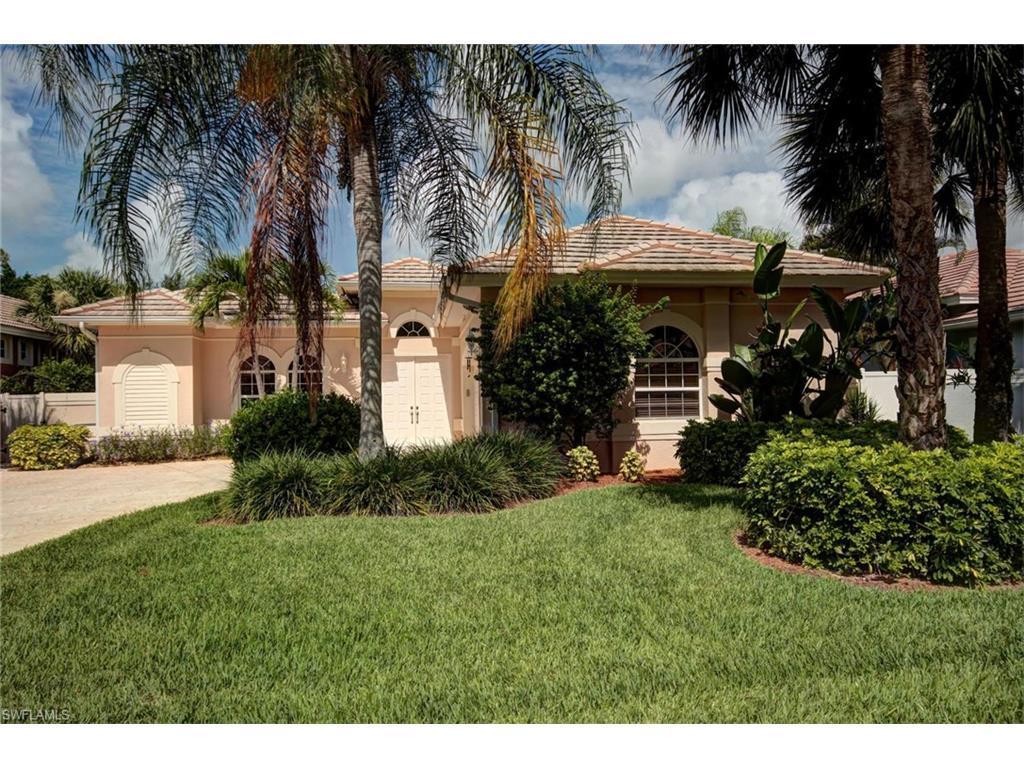 516 Eagle Creek Dr, Naples, FL 34113 (MLS #216043394) :: The New Home Spot, Inc.