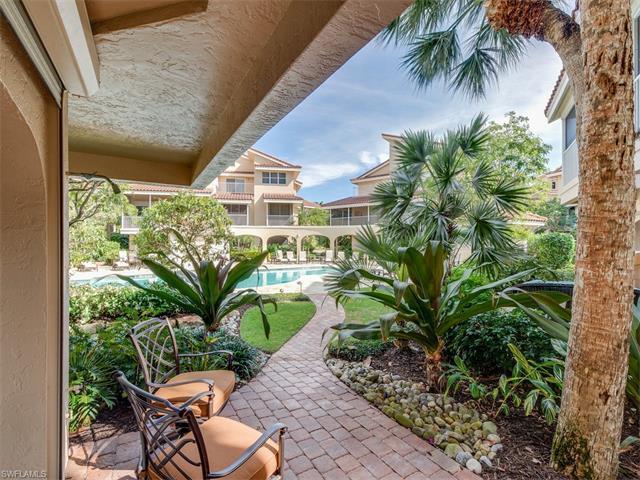 4729 Villa Mare Ln, Naples, FL 34103 (#216044135) :: Homes and Land Brokers, Inc