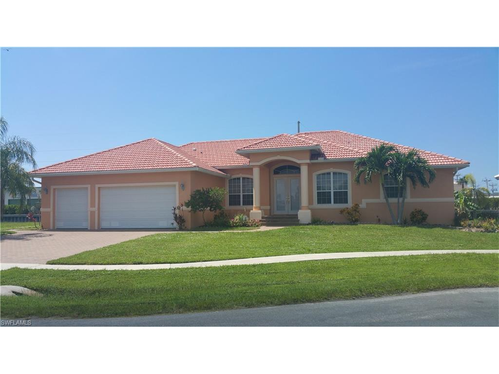 880 Rose Ct, Marco Island, FL 34145 (MLS #216047018) :: The New Home Spot, Inc.