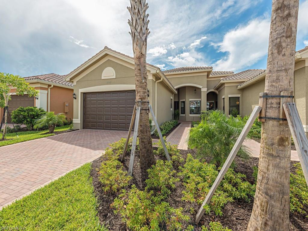 13343 Silktail Dr, Naples, FL 34109 (MLS #216047614) :: The New Home Spot, Inc.