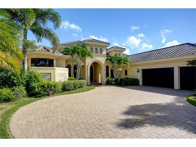 11895 Hedgestone Ct NW, Naples, FL 34120 (#216048567) :: Homes and Land Brokers, Inc